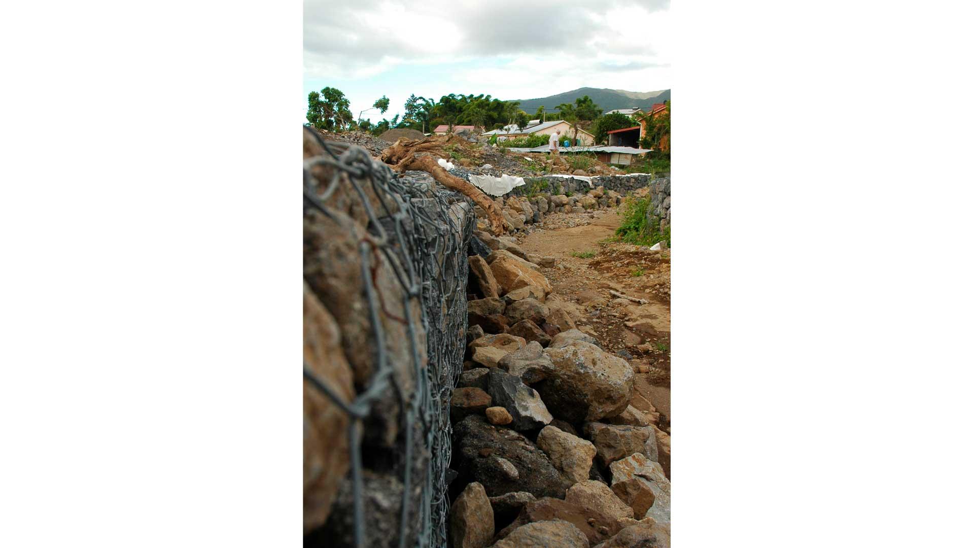 Écran pare-pierre – Protection de chaussée